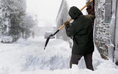 На Іспанію обрушилися снігопади та дощі, загинули дві людини