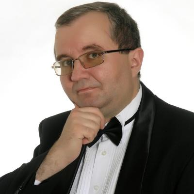Завідувач кафедри музики ЧНУ потребує допомоги небайдужих