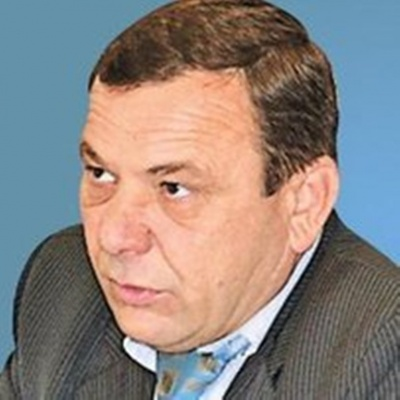 Екс-головний землевпорядник Буковини хоче повернутись на посаду