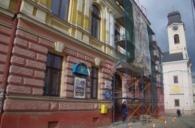У Чернівцях ремонтують театр ляльок, за який не бралися 40 років