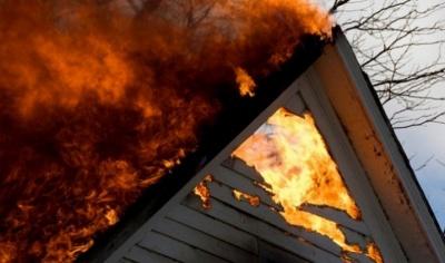 У Чернівцях під час пожежі в закинутому будинку загинув безхатько