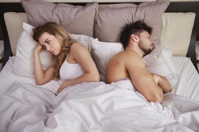 Анекдот дня: про чоловіка і коханця