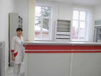 Здавали кров для обпеченої дівчини і хворого викладача: як працює Центр служби крові у Чернівцях - фото