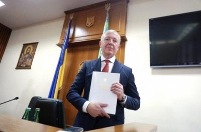 Осачук наділив правом підписувати фінансові документи лише Ковалюка й Нежурбіду