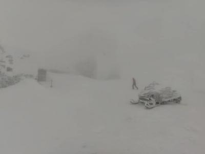 В українських Карпатах намело вже метр снігу