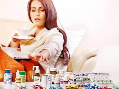 Жодних антибіотиків і народних методів: чим не можна лікувати грип і ГРВІ
