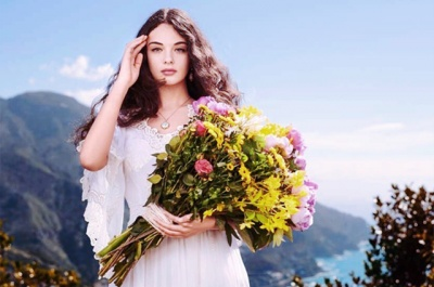 15-річна дочка Моніки Беллуччі і Венсана Касселя знялася в рекламі Dolce & Gabbana