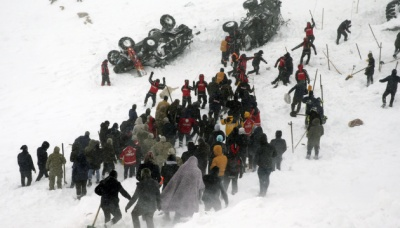 У Туреччині внаслідок сходження лавин загинули щонайменше 28 осіб - відео