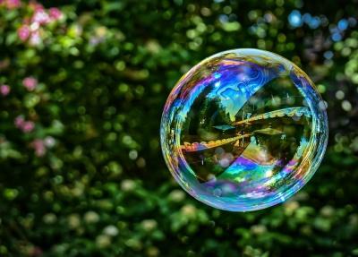 Науковці відкрили формулу ідеальних мильних бульбашок