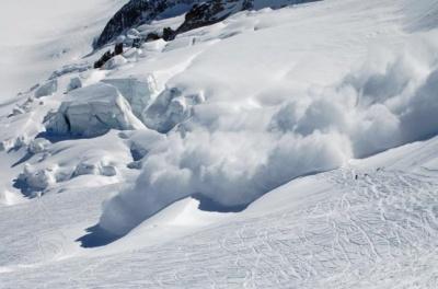 Рятувальники знову попередили про лавини в горах Чернівецької області
