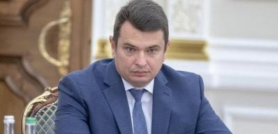 Директор НАБУ натякнув, що Аваков йому помстився за рюкзаки
