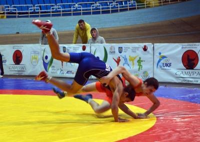 Буковинці змагалися у міжнародному турнірі з вільної бротьби