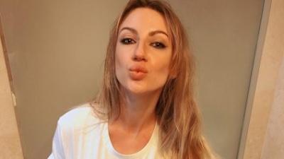 Леся Нікітюк розбурхала шанувальників фото топлес