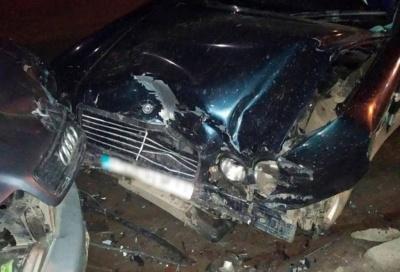 На Буковині п'яна водійка «Мерседеса» виїхала на зустрічну і влетіла в «Ауді», є постраждалі