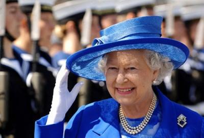 Єлизавета II особисто попросила принца Гаррі та Меган Маркл повернутися в Лондон
