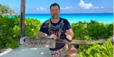 Богдан опублікував фото з відпочинку на Сейшелах та порадив українцям триматися