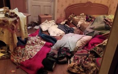 На Буковині невідомі побили й пограбували пенсіонерку