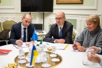 В Україну прибули інспектори МВФ