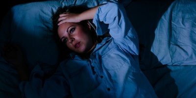 Лікарі вказали на чотири ознаки порушення сну, які небезпечно ігнорувати