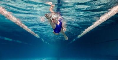 Спортсменка з Чернівців привезла бронзу з Чемпіонату України з плавання
