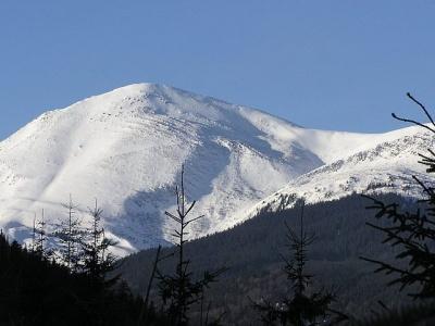 У Карпатах на горі Петрос заблукала група туристів