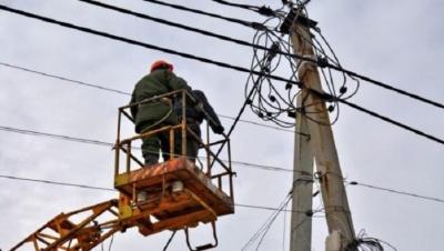 Буревій на Буковині: майже 60 населених пунктів області залишились без світла