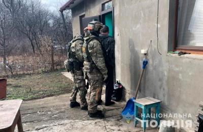 У Чернівцях поліцейські «накрили» підпільну зброярню