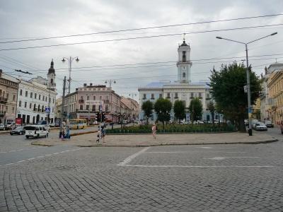 У Чернівцях оголосили конкурс на пропозицію благоустрою Центральної площі