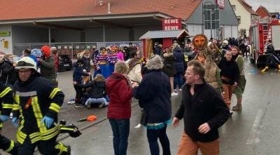 У Німеччині авто протаранило карнавальну ходу. 30 постраждалих
