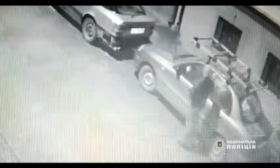 Спричинив ДТП і втік: на Буковині поліція розшукала автокрадія - відео