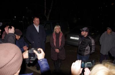 Коронавірус в Чернівцях: сусіди хворого погрожують перекрити дорогу
