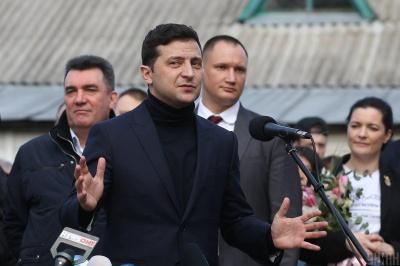 Зеленський заявив, що з Китаю евакуюють ще двох українців