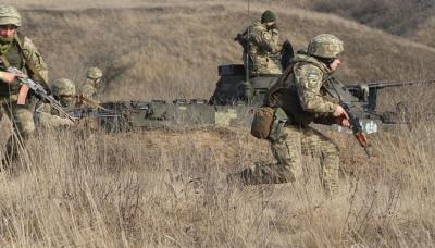 Протягом дня на Донбасі постраждали троє бійців ЗСУ