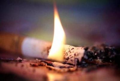 Заснув із цигаркою: під час пожежі в будинку буковинець отримав опіки