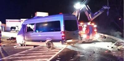 У Словаччині автобус з українцями потрапив у жахливу ДТП. 2 людей загинули, понад 30 травмовані