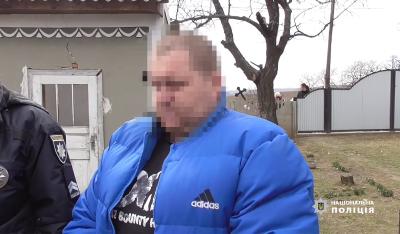 Подвійне вбивство на Буковині: чоловік розповів, як зарізав дружину і задушив доньку - відео