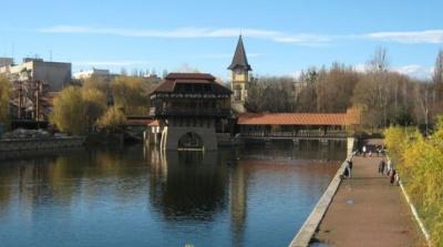 У Чернівцях оголосили кадровий конкурс на посаду керівника парку «Жовтневий»