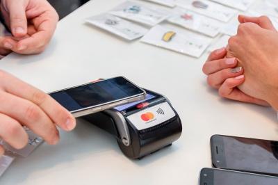 «Ніякої готівки»: Каспрук закликав чернівчан оплачувати товари і послуги картками