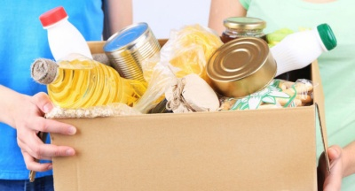 Коронавірус на Буковині: самотнім літнім людям доставлятимуть продукти і ліки додому