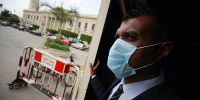 Єгипет закриває аеропорти і готелі