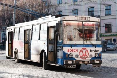 Каспрук хоче тимчасово скасувати пільговий проїзд у громадському транспорті Чернівців