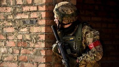 На Донбасі отримали поранення 3 військових