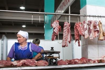 Ціни відчутно зросли: у період карантину чернівчани активно запасаються м'ясом