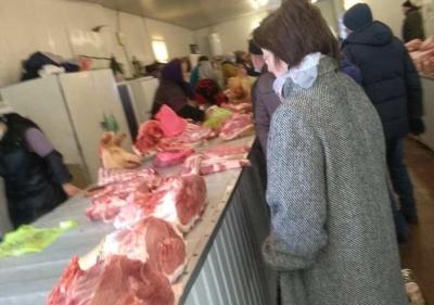 На ринках Чернівців подешевшало м'ясо