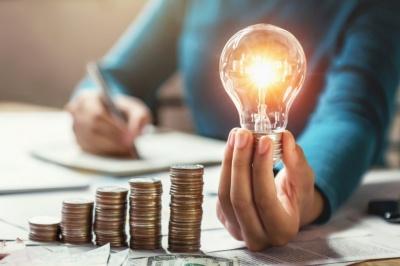 Вчасно сплачуйте за електроенергію, щоб не накопичувати борги*