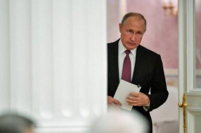 Путін закликав лідерів країн G20 зняти санкції через коронавірус