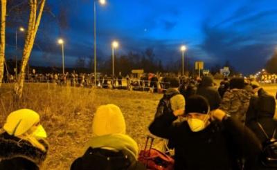 Після заяви Зеленського про закриття кордонів, у пунктах пропуску утворилися величезні черги