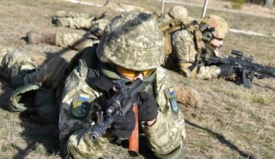 На Донбасі бойовики здійснили 15 обстрілів українських позицій. Двоє військових поранені