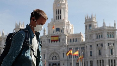 В Іспанії працівників некритичних галузей відправили на два тижні по домівках зі збереженням зарплати