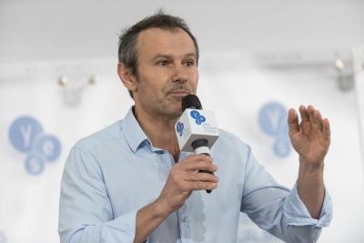 Він не скаржився - він хотів, щоб влада в Києві почула про проблеми міста: Вакарчука вразила промова Каспрука